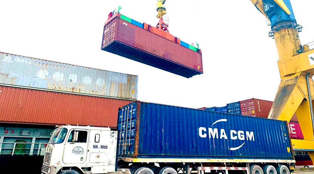 Ảnh 2 - Dịch vụ cảng - Xếp dỡ container